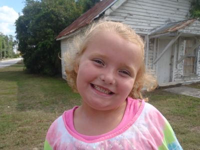 Image from ¡LLEGÓ HONEY BOO BOO!